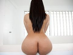 Violet Vasquez has a Dreamy Ass!