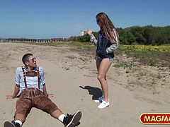 MAGMA FILM Picking up Cassidy Klein on the beach