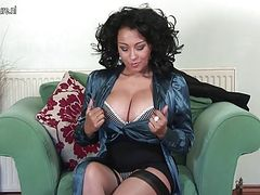 Amazing UK MOM with big boobs