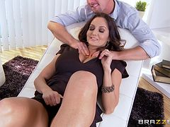 Horny MILF gets fucked by her masseur in his massage studio