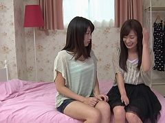 Japanese female friends become fantastic lesbian lovers