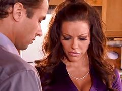 Seductive Housewife...F70