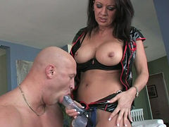 Busty raven haired harlot attacked her bald guy in face sitting position