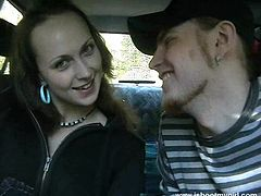 Tanya drives her BF crazy with a terrific blowjob in a car