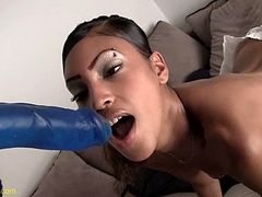 Jasmine Plays With Her Toys For Masturbation