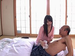 Asian babe Aika Yumeno fully services her older guy