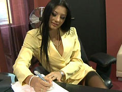 Sofia Gucci fuck in office