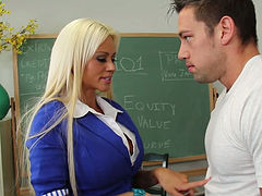 Silicone babe Nikita Von James blows juicy penis of Johnny Castle