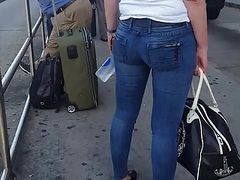 Skinny white milf in tight jeans