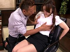Yura Kasumi gets her cunt toyed, then blows and gets fucked