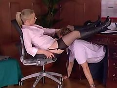 Dominating Boss Face Sitting Her Assistant In Office Femdom
