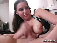 Handjob from pertty amateur GF in hot amateur porn