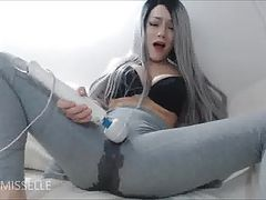 Squirts in pants using vibrator.