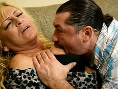 Old whore Magdi gives her head and gets rammed hard