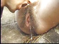 Very very hairy milf pussy outdoor