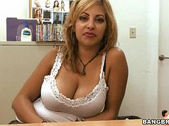 Lovely Natural Tits on Blond Puerto Rican MILF