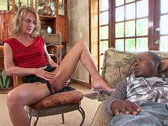 Black guy goes down on his mature therapist and fucks her