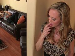 Rapacious mommy with big boobs Brandi Love banged well by a horny guy