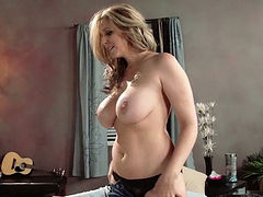 Voluptuous juggy milf hops on huge cock reverse