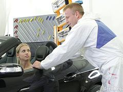 Mechanic makes this cute teen girl cum with his cock