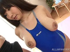 Salacious Asian pornstar shows how she earns orgasm squeezing her big tits