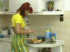 Innocente svelte redhead babe gets fucked on the kitchen