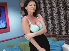 mature Rayna S. masturbating herself