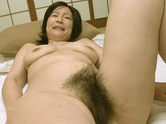 Mature Asian slut gets her hairy vagina splattered with cum