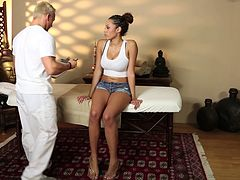 Masseur turns on the busty chick and convinces her to fuck