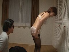 Japanese MILF is an expeienced cocksucking who loves men