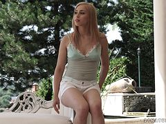 Glamorous doggy-style bonking for the beautiful girl Alana Moon