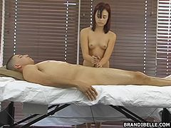 After a pretty sensual massage he gets a lovely handjob