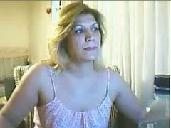 Horny mature Turkish woman changes her dress several times