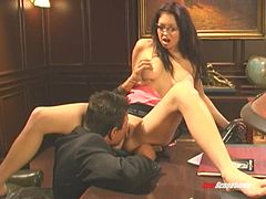 Chloe Dior uses her pussy to make her boss very happy