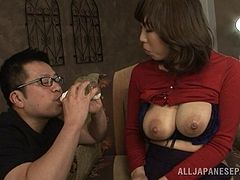 Milk fetish gentleman sucking his babe big natural tits in reality shoot