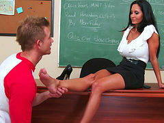 Ava Addams get sher toes sucked and muff licked by Bill Bailey
